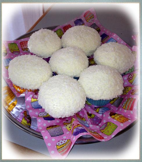 cupcakes-white3